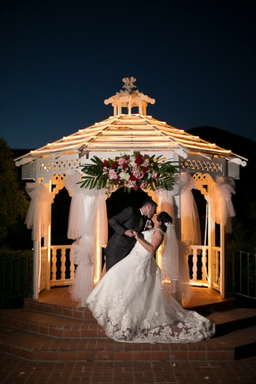 castaway-restaurant-burbank-california-wedding-party-gazebo-alter-sunset-view-cake-cutting-romantic-getting-ready-dancing-reception-bobbie-pyle-photography-bridal-party-11