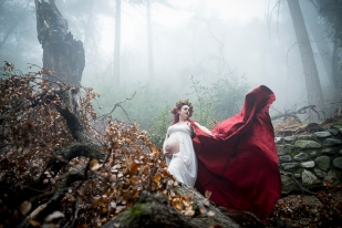 hiking trail-Switzer Falls-Pasadena-cosplay-maternity shoot-cosplay photoshoot-woodland fairy maternity photos-red-cape-weddings by bobbie-bobbie-pyle-photography-wedding-14
