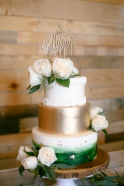 La Bonita Ranch-Murrieta-California-ranch wedding-wedding cake-summer-wedding-wedding invitations-cake-bobbie-pyle-photography-wedding-1