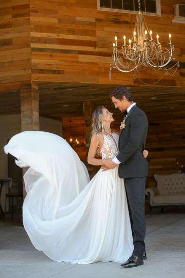 La Bonita Ranch-Murrieta-California-ranch wedding-wedding cake-summer-wedding-wedding invitations-cake-bobbie-pyle-photography-wedding-9