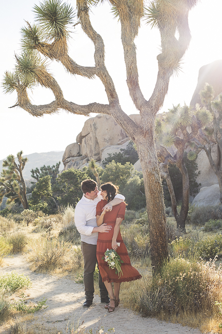 Joshua Tree-California-desert engagement-moon-sunset-wedding-elopement-bobbie-pyle-photography-wedding-los angeles wedding photographer-11
