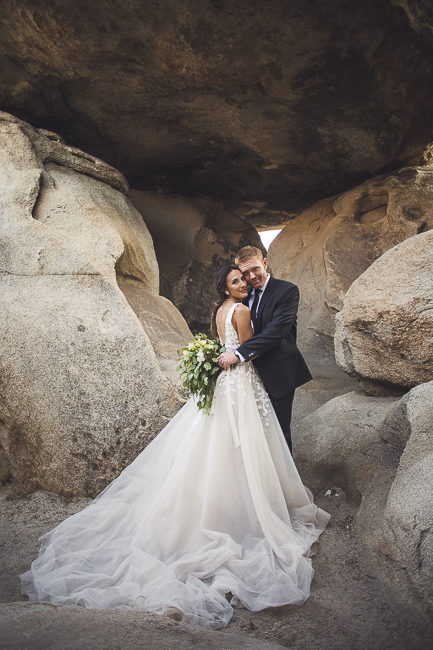 renew vows-Joshua Tree-California-desert-cave-flowers-engagement-moon-sunset-wedding-elopement-bobbie-pyle-photography-wedding-los angeles wedding photographer-25